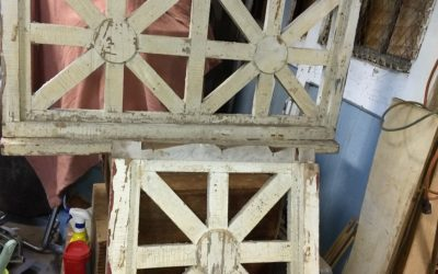 Victorian wood grate foundation ventilation cover. (White)
